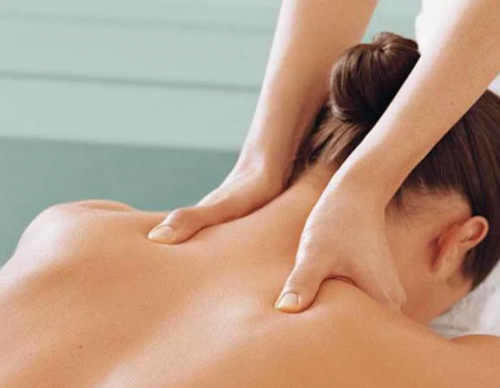 массаж спины при остеохондрозе